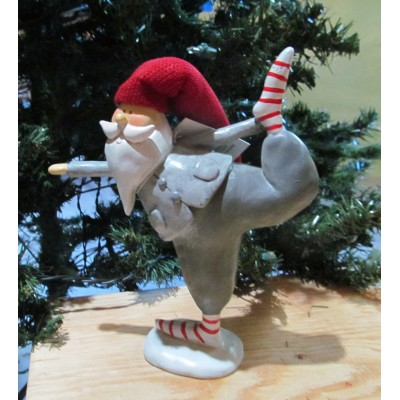 santa claus yoga leg up