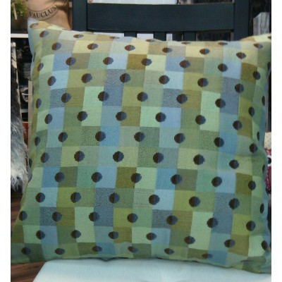 Cushion The dotted tile
